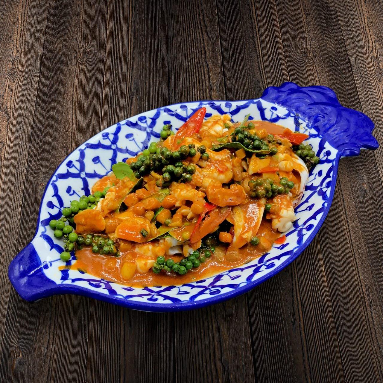 Thai Food Delivery Kuala Lumpur Stir Fried Squid with Phrik Thai-min