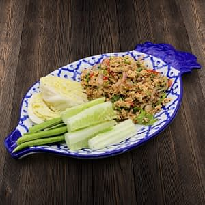 Thai Food Delivery Kuala Lumpur Minced Chicken Salad with Ground Rice-min